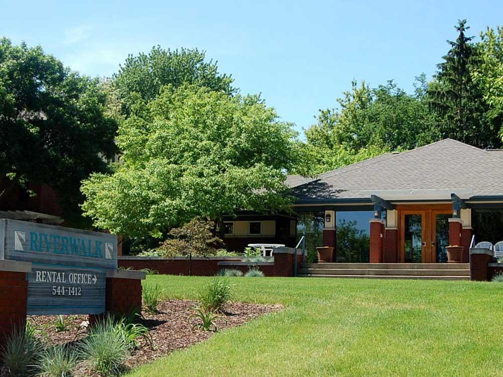 Rental Office For RiverWalk
